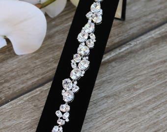 FAST SHIPPING!! Beautiful Zirconia Bracelet, Bridal Bracelet, Maid of Honor Bracelet, Bridesmaid Bracelet, Sweet 16 Bracelet, Quinceañera