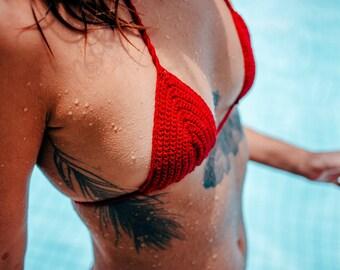 Basic Beach  Bikini Top // Crochet Bikini Top // triangle top Bikini in Crochet