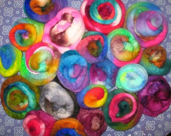SPECIAL  Wooly Cupcakes -- Sampling of Hand dyed Wool Top -- 14 oz SHIPS FREE