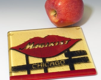Greetings from Chicago Fused Glass Trivet | Magikist