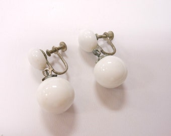 Vintage Silver Tone White Milk Glass Japan Signed Screw Back Earrings 381