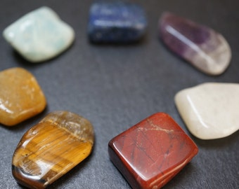 SALE - Set of 7 Genuine Untreated Gemstone Quality Chakra Stones for Meditation Positive Energy - approx. 1/2 - 3/4 inch - 1 set