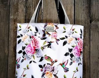 Shoulder bag.  Flowers and hummingbirds.