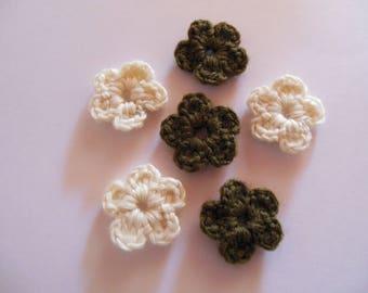 Wool crochet color ecru/Brown flowers