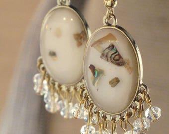 Dainty Gold Oval Earrings
