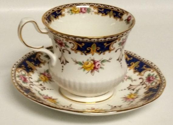 Vintage Rosina Fine China Tea Cup & Saucer