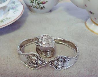 1914 Poppy spoon ring bracelet set.  Vintage spoon jewellery