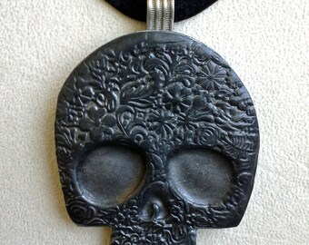 Black Silver Sugar Skull Pendant Day of the Dead Halloween Necklace