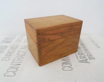 Vintage Oak Wood Dovetail Recipe Card File Box