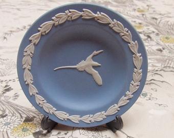 Vintage Blue Wedgwood Jasperware Bird Of Paradise