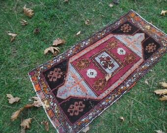 west rug small persian rug area rug 2x4 persian carpet narrow persian rug 2x4 vintage persian 2x4 rug oriental rug puple 54x120 cm