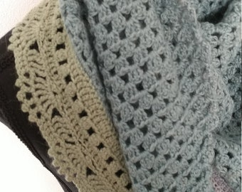 Shawl made of baby alpaca wool