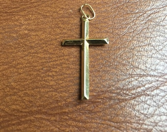 Pendant 14 k Solid Yellow Gold Triangular Christian Cross Necklace Pendant - wow!