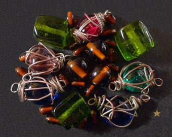 Large craft Indian glass beads and black beads of various shapes
