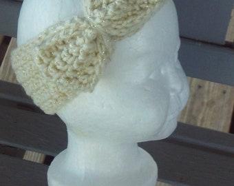 Headband,baby,girls,newborn,shower,photo's,gift,crocheted,cream,gold,sparkly,infants