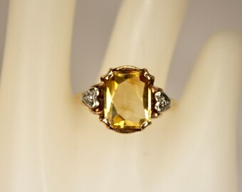 Vintage Ladies Ring 10K Yellow Gold 2.2 Carats Yellow Citrine Diamond Heart Accents Size 7 c1940s