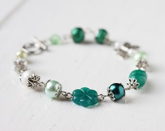 Spring Bridesmaid Jewelry Fresh Mint Teal Bracelet with Green Czech Glass Beads, Butterfly Connector and Glass Pearls