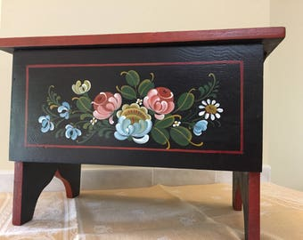 6 board chest decorated with West Coast Rosemaling