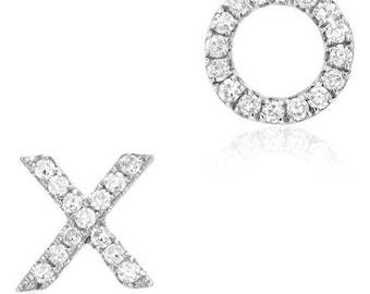 XO Stud Earrings - 14k White Gold Diamond Earrings