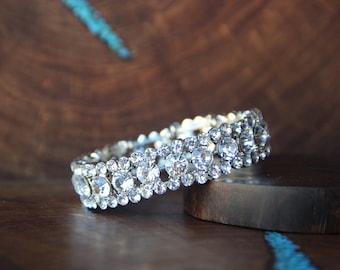 rhinestone stretch bracelet, clear rhinestone bracelet, bridal bracelet, crystal bracelet, pageant bracelt