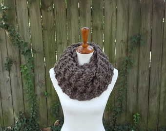 Outlander Inspired Cowl, Knit Infinity Scarf, Chunky Knit Scarf, Claire's Cowl, Sassenach Cowl, Snood