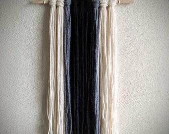 Yarn wall hanging - black/gray/creme