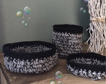 Set of 3 baskets crochet cotton