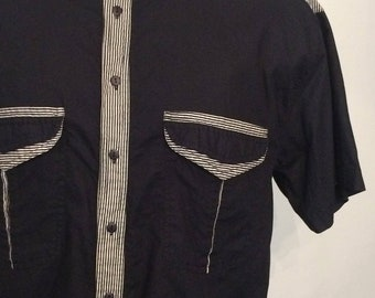 Vintage MENS 1980s Gitano Key Line black cotton oversized short sleeve shirt with stripe detailing, size L