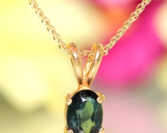 14k Yellow gold natural Teal Blue Sapphire solitaire necklace chain set .88ctw