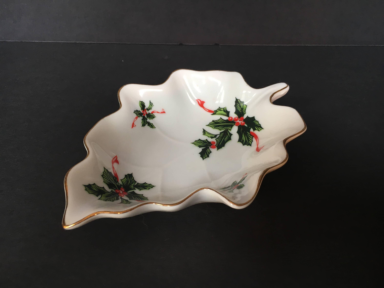 Vintage Lefton China U0027Boughs Of Hollyu0027 Leaf Shaped Trinket Dish,  Collectible Lefton, Porcelain Leaf Dish, Christmas Collectibles