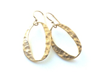 Gold Hammered Earrings, Hammered Oval Link, Clean and Modern Earrings