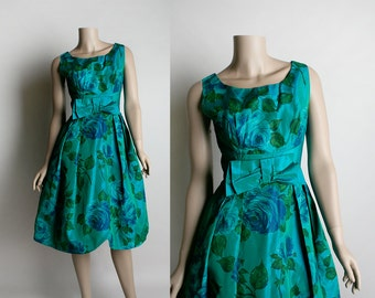 Vintage 1950s Rose Party Dress - Emerald and Aquamarine Teal Taffeta Shimmery Cocktail Party Floral Prom Dress - Small