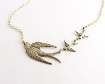 3 Birds Necklace, Gold Bird Necklace, Sparrow Necklace Gold, Bird Jewelry, Mother's Day Gift For Mom, Git For Mother of 2, Mother's Necklace