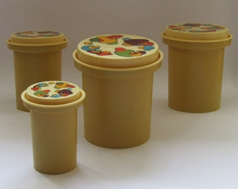 Vintage plastic kitchen containers set of 4 with beautiful decoration, 80's, kitchen canister set. kitchen canisters. vintage kitchen decor
