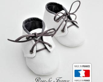CLEARANCE SALE! White wool and cotton baby booties grey