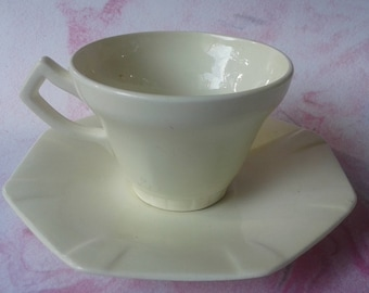 Cup, Dish, Society Ceramique Maestricht, Made in Holland