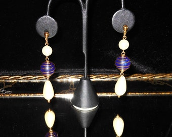 80s Vintage Wire wrapped Cobalt Bead & Pearl Earrings