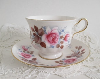 Tea Cup Pink Roses Queen Anne Cup & Saucer