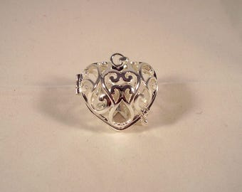 Bird cage heart shaped decorated with arabesque - Bulan bola / angel caller