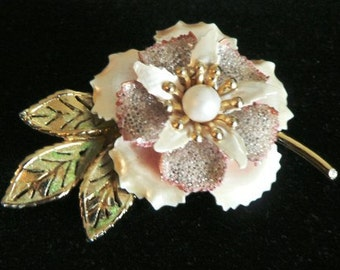 vintage jewels ... FLORAL stunner of a Vintage Brooch PIN ...