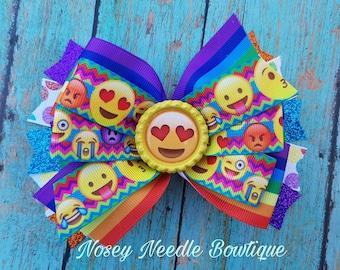emoji hair bow, heart eyes emoji, heart eyes emoji hair bow, emoji birthday party, emoji hair clip, emoji headband, heart eye emojis, emoji
