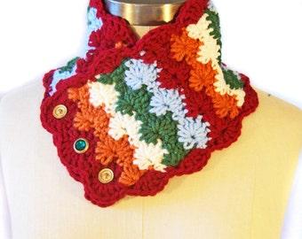 Hand Crocheted Scarflette - Retro Pattern - Neck Warmer