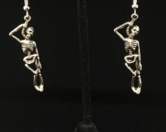 Noose and hanging man earrings