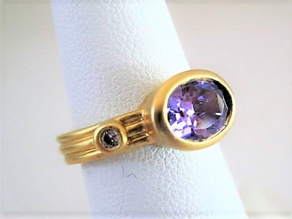 Purple Glass Stone Ring, Pinkie Ring, Amethyst Gold Tone, Cocktail Ring Size 5