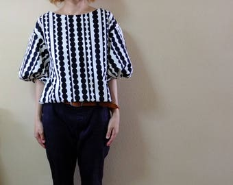 Japanese Cotton Fabric, Tuck Balloon Sleeves Top, Black and  White, Dots Pattern,Dots Stripes, Lady's Top.
