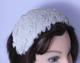 Vintage 1940s - 1950s   Juliet  hat covered with multiple leaf shaped lace bridal