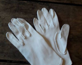 Vintage wedding glovesVintage gloves for wedding/prom/costume