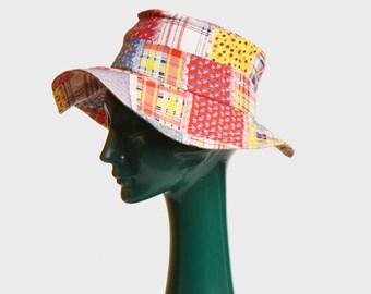 Vintage 70s Calico Floral Print Hat / 1970s Wide Brim Hat