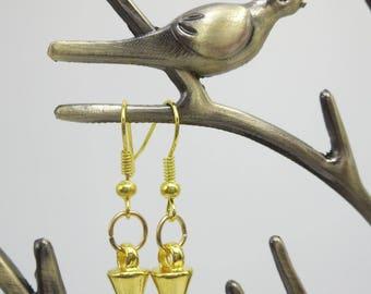 Gold Spike Earrings, Small Spike Dangle Earrings, Edgy Fashionable Dainty Arrow Earrings, Gift for Girlfirend, Best Friend or Sister