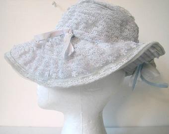 Vintage 1960s John Wanamaker Lace Ruffles Picture Hat